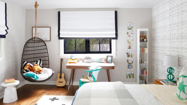 Black and White Boy's Bedroom