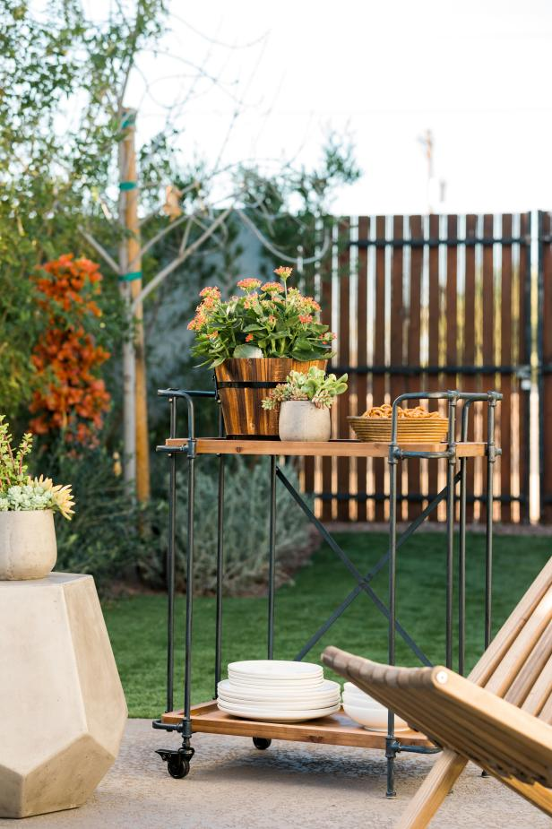 HGTV Spring House 2017: Industrial outdoor bar cart on patio