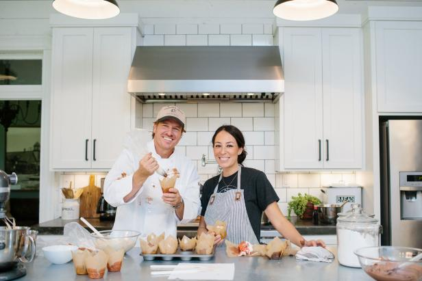 Fixer Upper Hosts Chip and Joanna Gaines