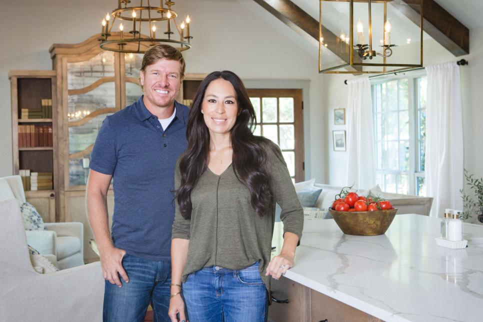 Fixer Upper Chip and Joanna Gaines in the Ignacio kitchen for Fixer Upper.