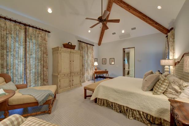 Exposed Ceiling Beams in Country-Style Bedroom