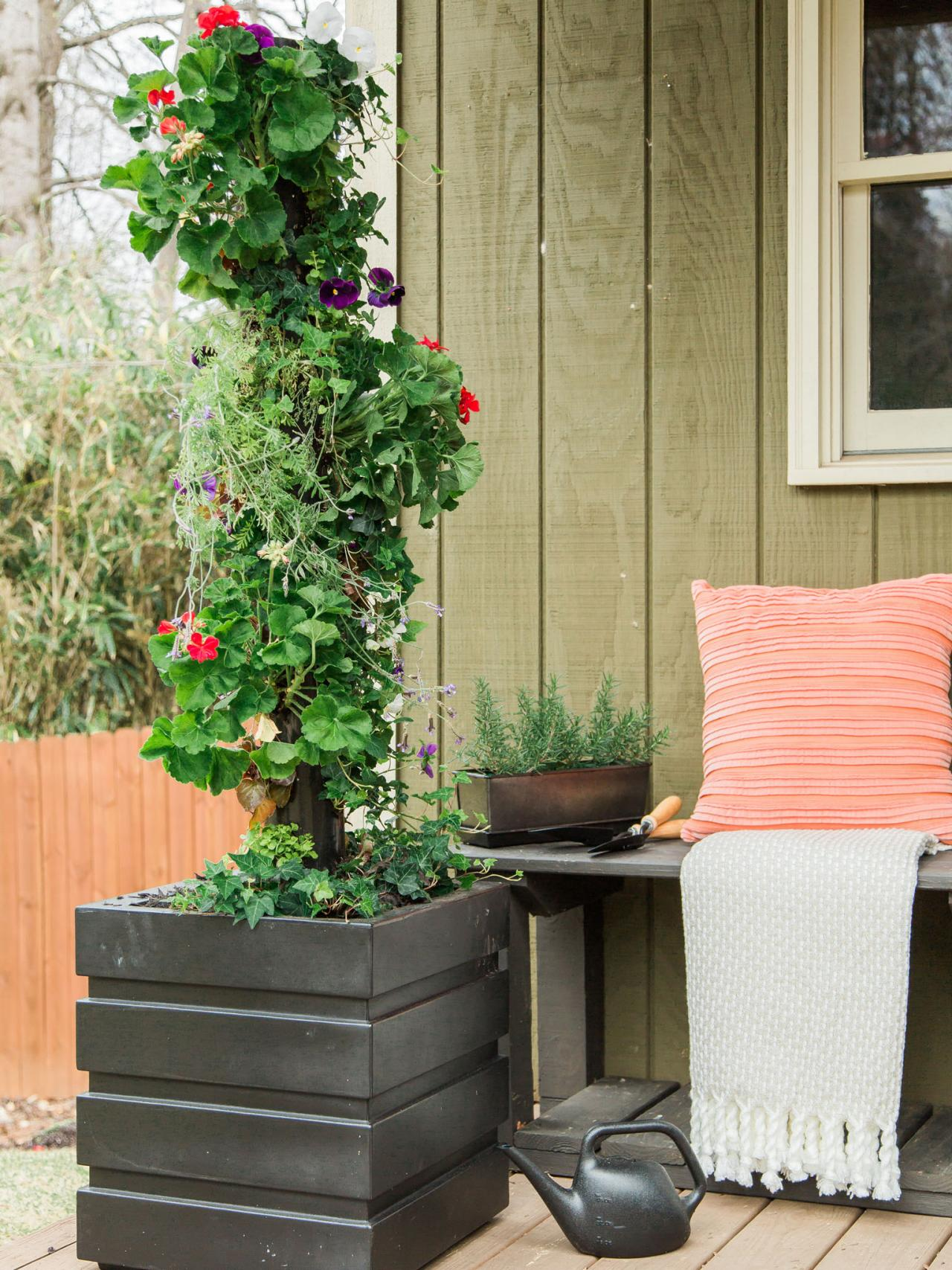 How To Make A Vertical Garden With PVC Pipe