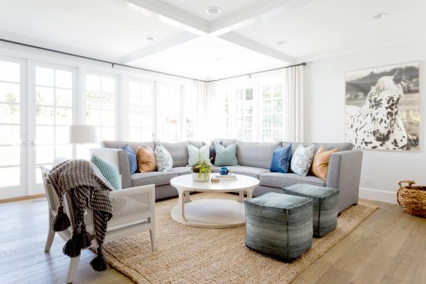Cottage Living Room With Gray Sectional
