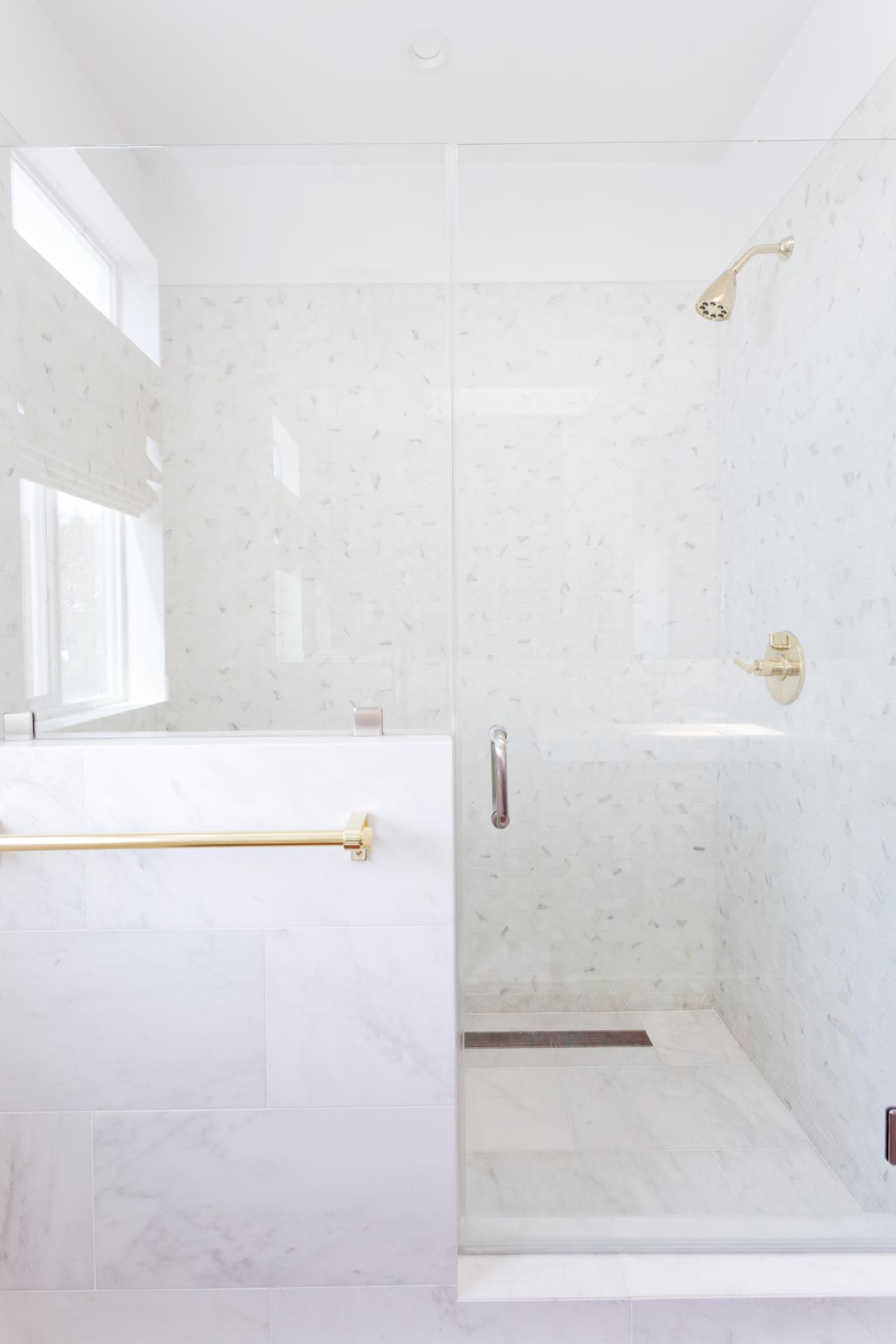How To Clean Soap Scum From Shower Doors Diy