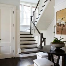 Ebony Adds Contrast to Neutral Staircase
