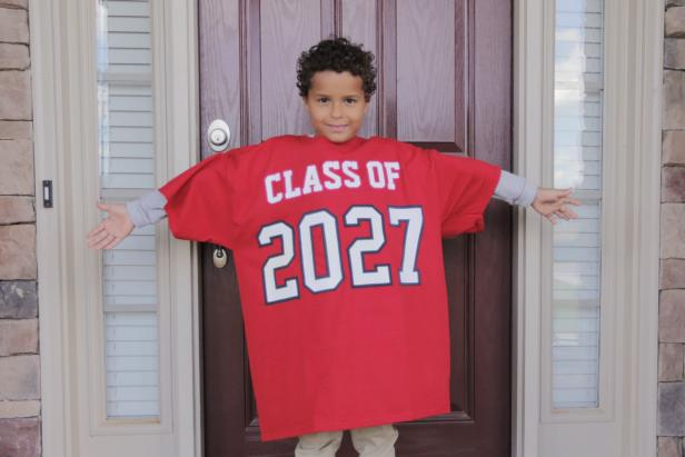 "This easy to make ""Grad"" shirt is a clever back to school photo op you can use over and over again!"
