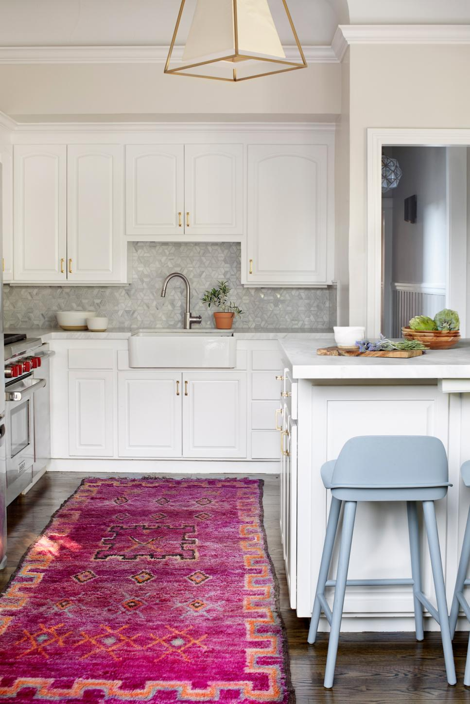 Transitional Kitchen With Farmhouse Sink and Pink Rug