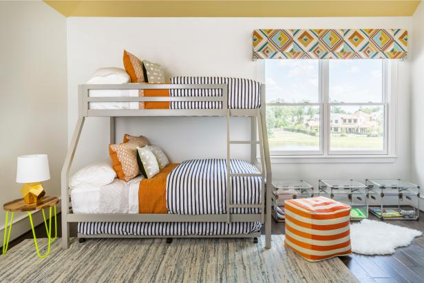 Multicolored Kids Bedroom With Bunk Beds