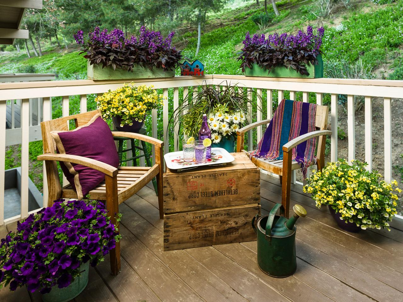 Flowers Garden Ideas: Decorate Your Porch With Ferns And Flowers