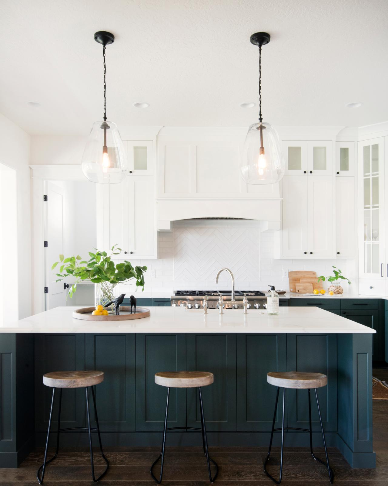 Repainting Kitchen Cabinets Pictures Ideas From Hgtv: 10 Blue-tiful Kitchen Cabinet Color Ideas