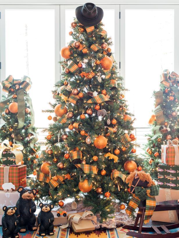 30 Non Traditional Christmas Tree Themes Hgtv