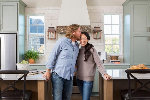 Fixer Upper S Best Dining Rooms And Dining Spaces Hgtv S Fixer Upper With Chip And Joanna Gaines Hgtv