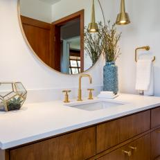 Midcentury Modern Bathroom With Caesarstone-Topped Vanity