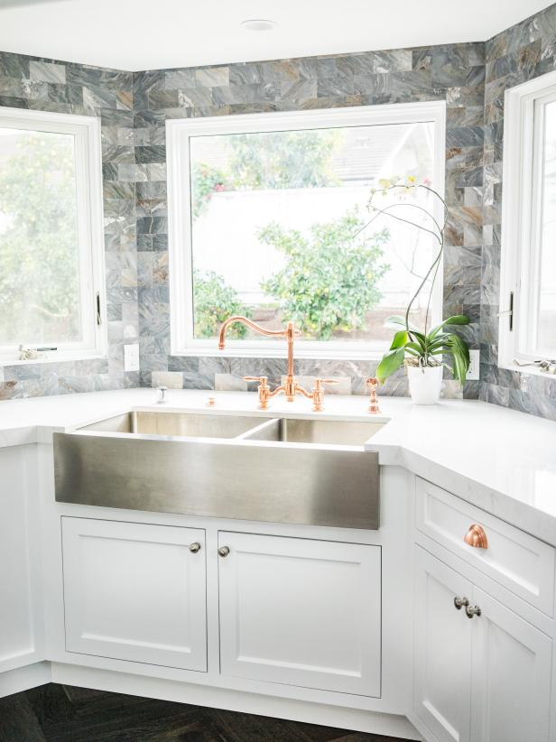 Kitchen Ideas With A Corner Sink Hgtv