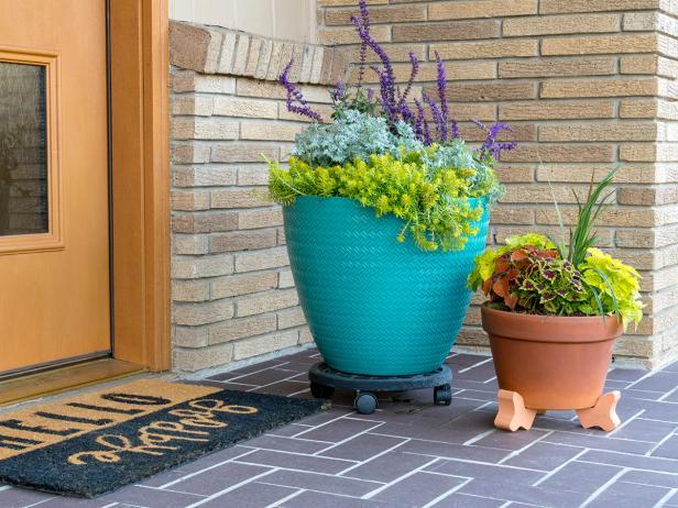 1524161151511.jpeg & Preparing Flower Pots for Planting | HGTV