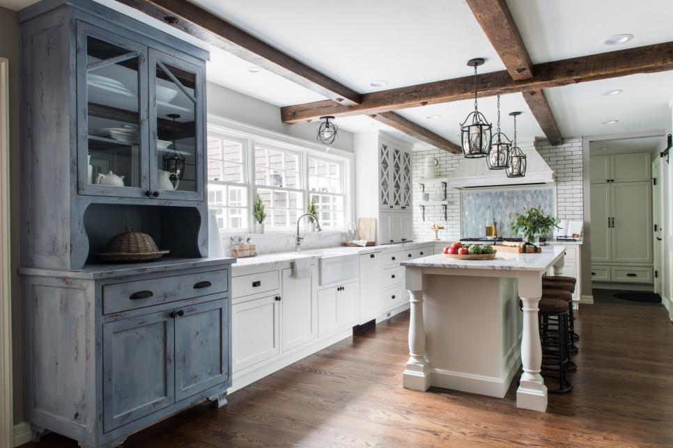 Cottage Kitchen With Gray Cabinet