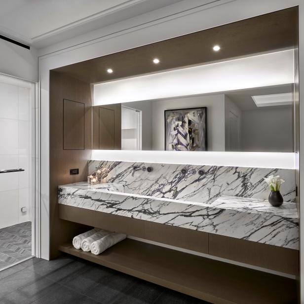 Modern Black And White Marble Vanity With Wall Mounted Faucets