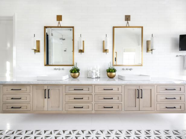Neutral Bathroom With Brass Planters