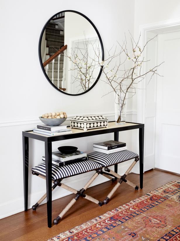 Black and white decorated entryway