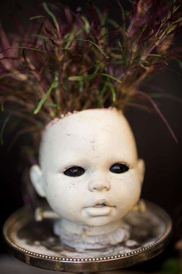 image about Halloween Head in a Jar Printable named 3 Tactics toward Produce Creepy Doll Mind Planters for Halloween HGTV