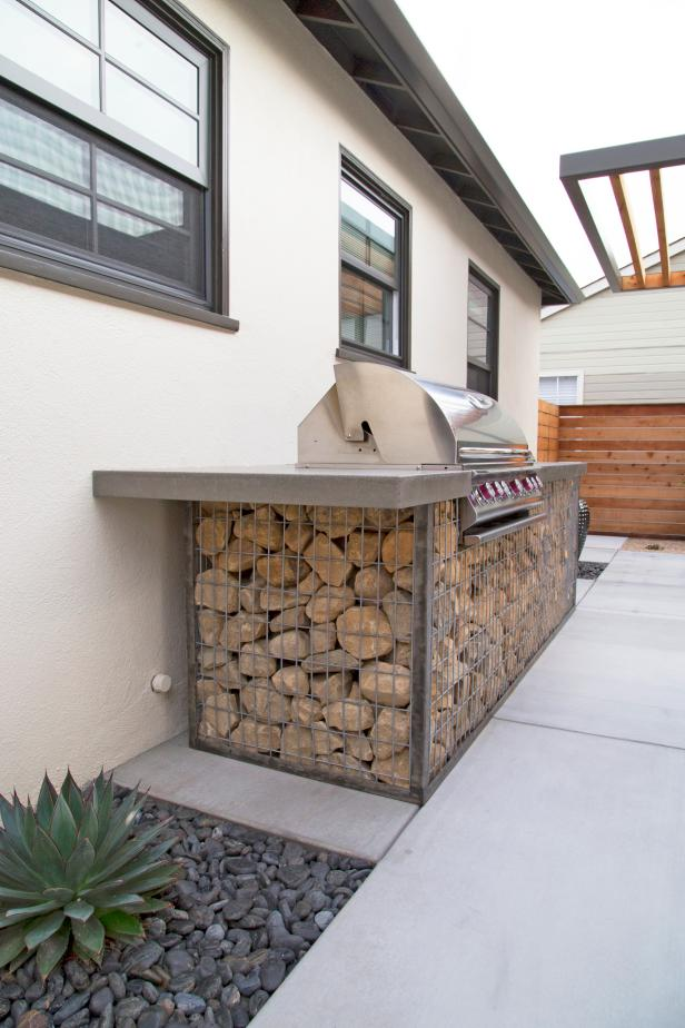 Grill With Gabion Cage