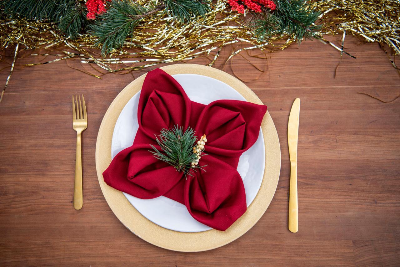 7 Ways To Fold Napkins For Christmas How To Fold Festive Christmas Napkins Hgtv