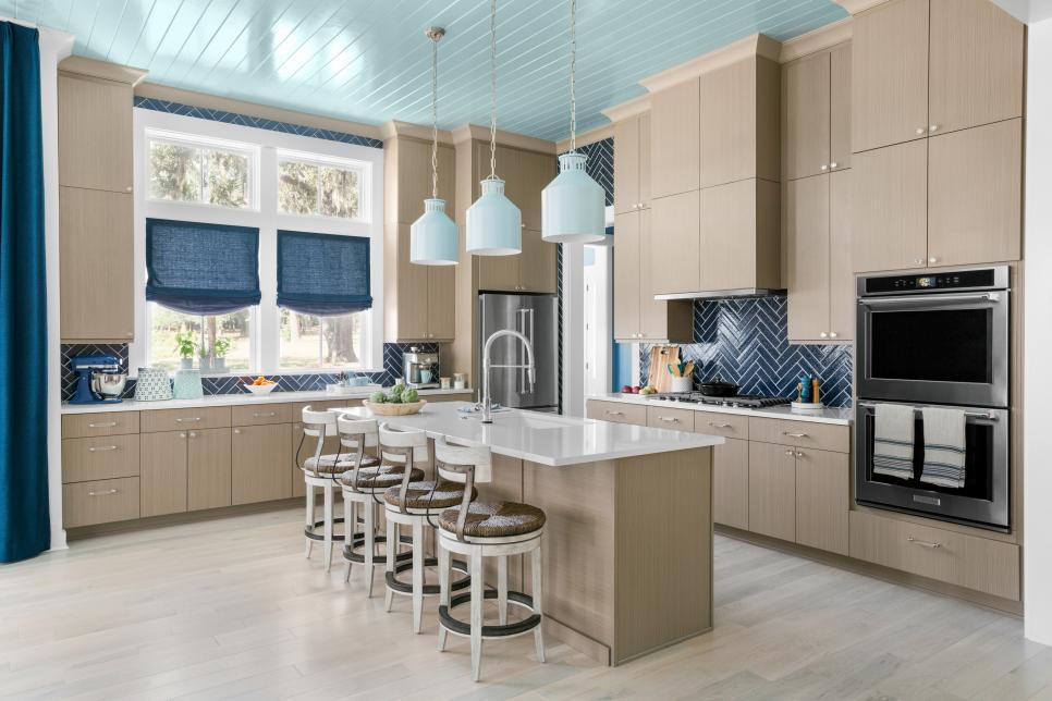 HGTV Dream Home 2020: Kitchen Pictures | HGTV Dream Home ...