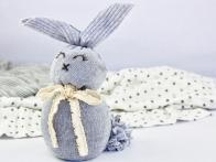 How to Make a No-Sew Sock Bunny