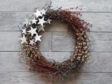 Skip the store-bought decorations this Independence Day and craft this easy, breezy Americana-inspired wreath instead.