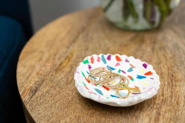 Use polymer clay to make a colorful ring dish as a gift or for yourself.