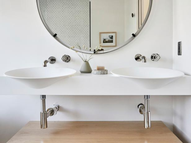 Floating White Oak Sink Vanity With Round Mirror