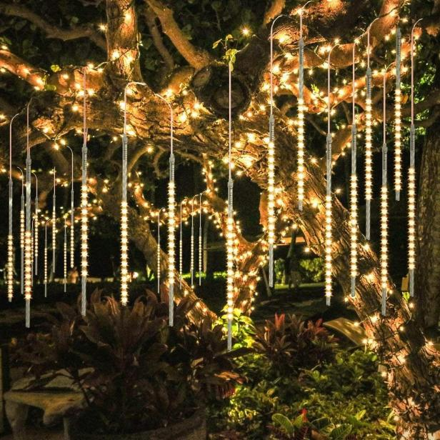 Best Outdoor Christmas Decorations Lights for 2020 | HGTV