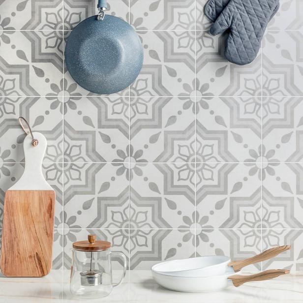Kitchen Backsplash Tile Ideas - HGTV.com