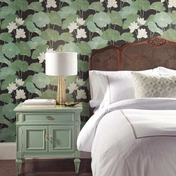 Best Removable Wallpaper Designs 2020 Hgtv