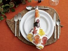 Bring a taste of autumn to your dining table with these beautiful fall-inspired placemats worthy of displaying all season long.