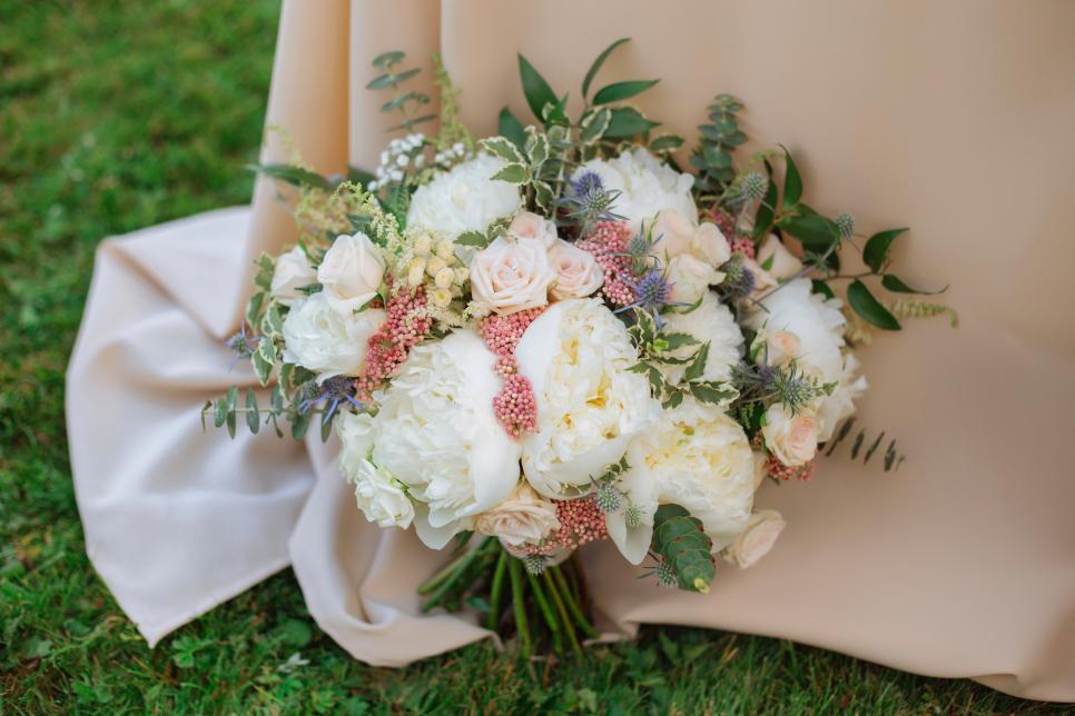 40 Ultra Lush Bridal Bouquets Hgtv