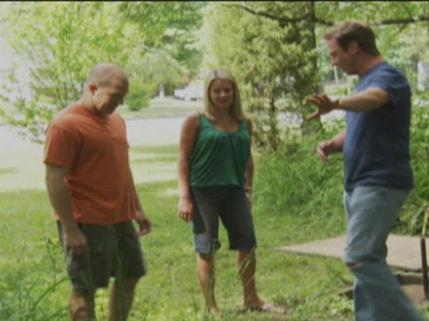 Build a Backyard Custom Horseshoe Pit Video | HGTV
