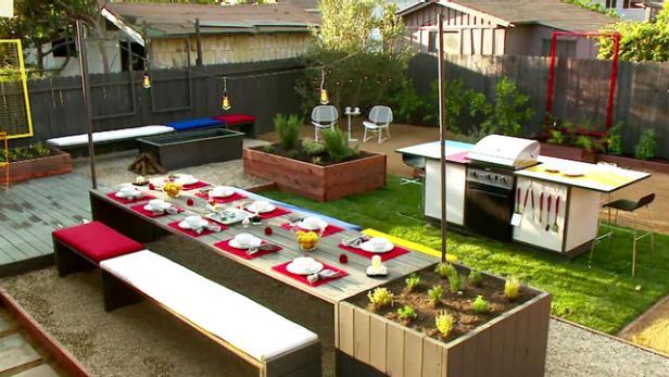 Midcentury Modern Backyard Makeover Video | HGTV on Hgtv Backyard Designs id=50268