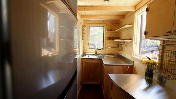 Rental House To Tiny Home Video Hgtv