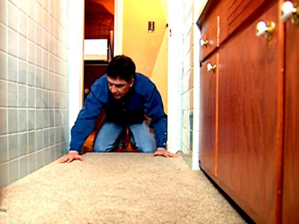 How To Cut Carpet For A Small Bath Video Hgtv